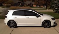 Picture of 2016 Volkswagen Golf R 4-Door with DCC and Navigation, gallery_worthy