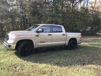 Picture of 2017 Toyota Tundra SR5 CrewMax 5.7L FFV, gallery_worthy
