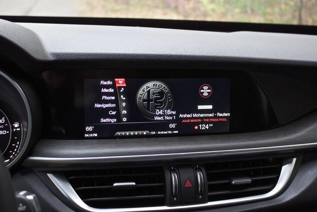 Infotainment screen of the 2018 Alfa Romeo Stelvio