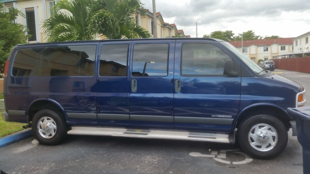 Picture of 2002 GMC Savana 3500 Passenger Van
