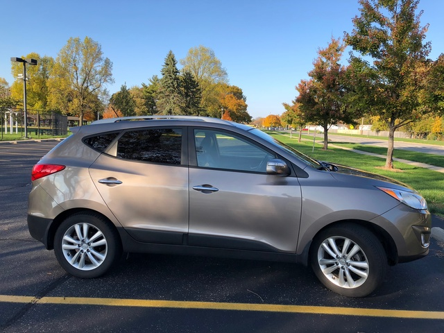 Picture of 2010 Hyundai Tucson Limited