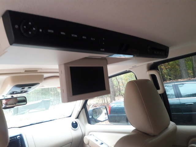 Picture of 2010 Mercury Mountaineer Premier, interior, gallery_worthy