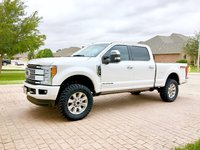 Picture of 2017 Ford F-250 Super Duty Platinum Crew Cab 4WD, exterior, gallery_worthy