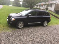 Picture of 2010 Jeep Compass Latitude, gallery_worthy