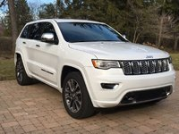 Picture of 2017 Jeep Grand Cherokee Overland, exterior, gallery_worthy