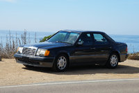 1992 Mercedes-Benz 500-Class Picture Gallery