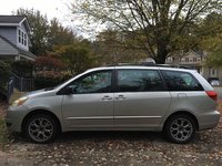 Picture of 2004 Toyota Sienna 4 Dr CE Passenger Van, gallery_worthy