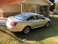 Picture of 2010 Ford Taurus SEL AWD, gallery_worthy