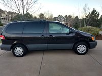 Picture of 2002 Toyota Sienna LE, gallery_worthy