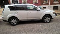 Picture of 2012 Mitsubishi Outlander ES, exterior, gallery_worthy
