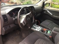 Picture of 2010 Nissan Pathfinder SE 4WD, interior, gallery_worthy