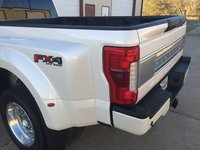 Picture of 2017 Ford F-450 Super Duty Platinum Crew Cab LB DRW 4WD, gallery_worthy