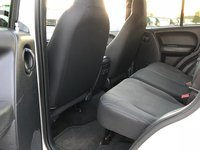 Picture of 2004 Jeep Liberty Sport, gallery_worthy