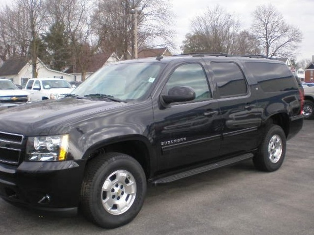 Picture of 2012 Chevrolet Suburban LT 1500, gallery_worthy