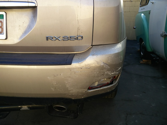 2007 Lexus RX 350 FWD, Some cosmetic damage. Has not been fixed due to time shortage, gallery_worthy