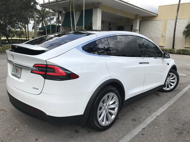Picture of 2017 Tesla Model X 100D