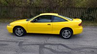 Picture of 2005 Chevrolet Cavalier LS Coupe FWD, interior, gallery_worthy