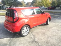 Picture of 2017 Kia Soul +, gallery_worthy