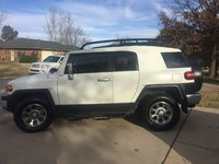 Picture of 2013 Toyota FJ Cruiser 2WD, exterior, gallery_worthy