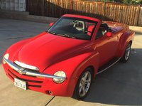 Picture of 2004 Chevrolet SSR 2 Dr LS Convertible Standard Cab SB, gallery_worthy