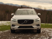 2018 Volvo XC60 T8 Inscription eAWD, The front view of the 2018 XC60 is reminiscent of the larger XC90, exterior, gallery_worthy