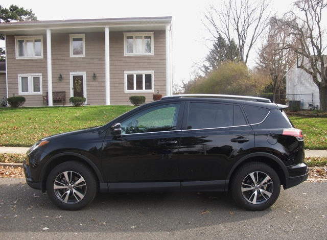 Picture of 2017 Toyota RAV4 XLE AWD