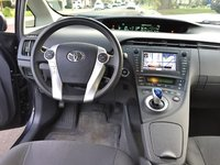 Picture of 2011 Toyota Prius Three, gallery_worthy