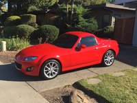 Picture of 2011 Mazda MX-5 Miata Touring with Retractable Hardtop, gallery_worthy