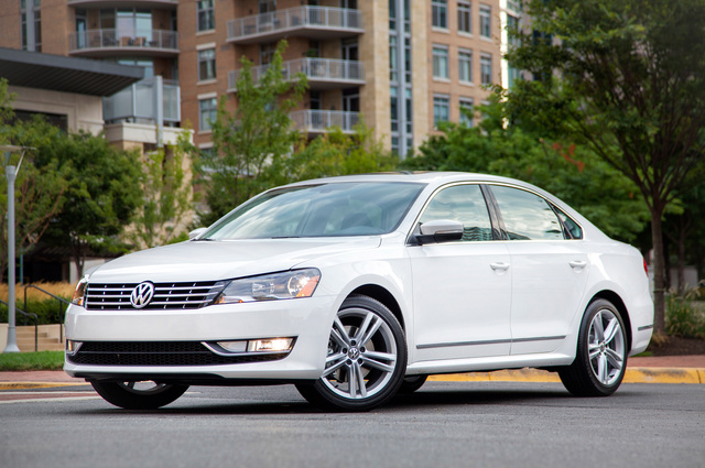 2013 volkswagen passat pictures cargurus. Black Bedroom Furniture Sets. Home Design Ideas