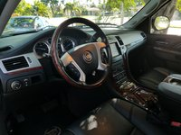 Picture of 2014 Cadillac Escalade Luxury RWD, gallery_worthy