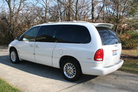 Picture of 2000 Chrysler Town & Country Limited, gallery_worthy