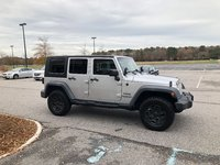 Picture of 2010 Jeep Wrangler Unlimited Sport 4WD, gallery_worthy