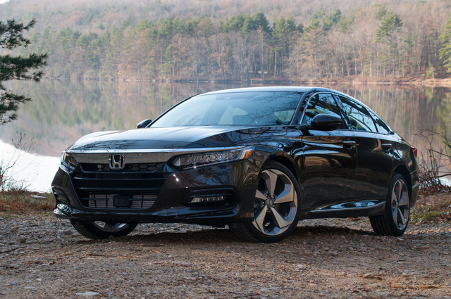 Picture of 2018 Honda Accord 2.0T Touring FWD