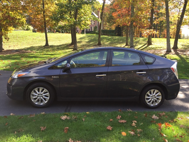 Picture of 2012 Toyota Prius Plug-in Advanced, gallery_worthy
