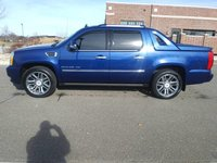 Picture of 2013 Cadillac Escalade EXT Premium 4WD, gallery_worthy