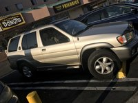 Picture of 2001 Nissan Pathfinder SE, gallery_worthy