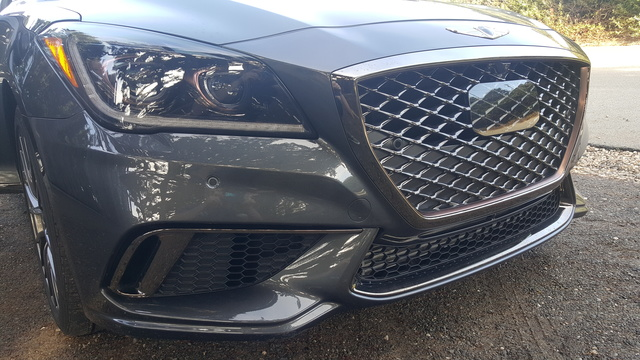 Picture of 2018 Genesis G80