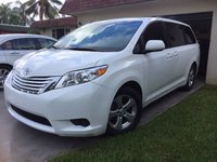 Picture of 2015 Toyota Sienna LE Mobility 7-Passenger, gallery_worthy
