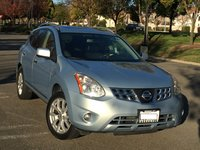 Picture of 2012 Nissan Rogue SV w/ SL, gallery_worthy