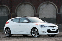 Picture of 2014 Hyundai Veloster Base, gallery_worthy