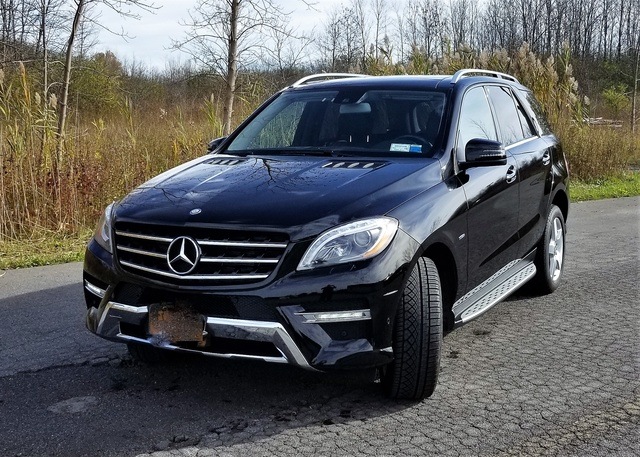 Picture of 2012 Mercedes-Benz M-Class ML 550 4MATIC