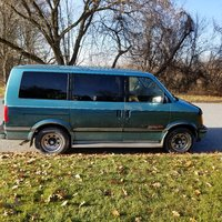 Picture of 1994 Chevrolet Astro Extended AWD, gallery_worthy