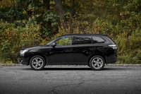 Picture of 2014 Mitsubishi Outlander SE AWD, gallery_worthy