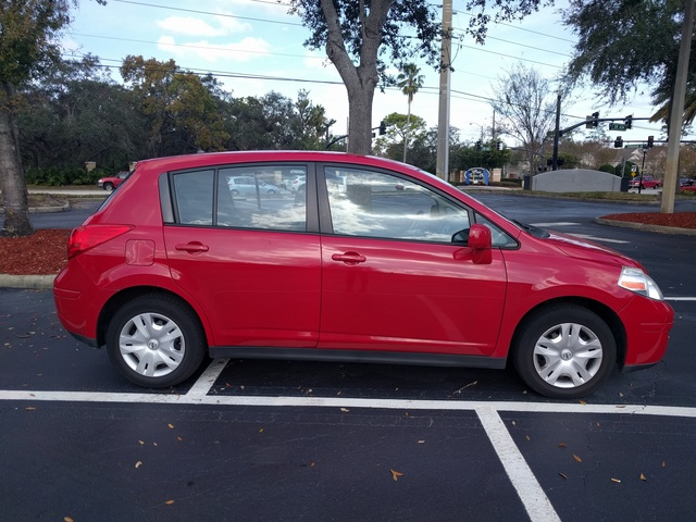 Picture of 2010 Nissan Versa 1.8 S Hatchback, gallery_worthy
