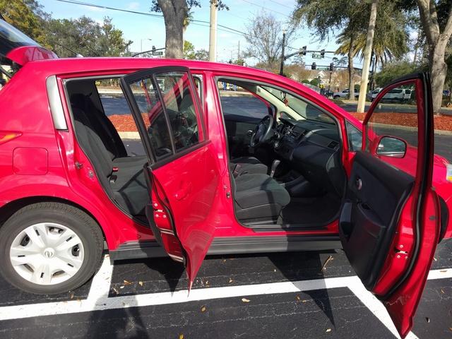 Picture of 2010 Nissan Versa 1.8 S Hatchback, gallery_worthy