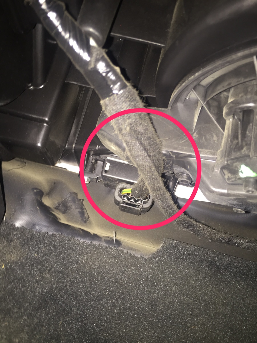 Ford Explorer Questions Blower Motor Resistor Location Cargurus Hvac System Consists Of Switch For Everyone Else On A 2014 It Is Not In The Engine Bay Or Behind Glove Box Under Kick Panel Passenger Side