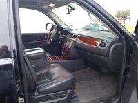 Picture of 2010 Chevrolet Suburban LTZ 1500, gallery_worthy