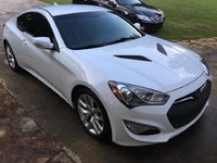 Picture of 2016 Hyundai Genesis Coupe 3.8 Base w/ Gray Interior, gallery_worthy