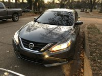 2017 Nissan Altima Picture Gallery