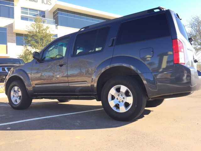Picture of 2011 Nissan Pathfinder S